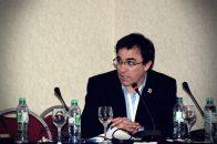 Dr. Leandro Lasave